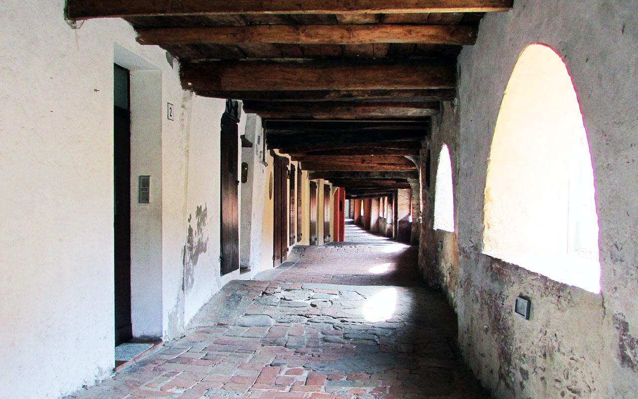 Antica-Via-del-Borgo