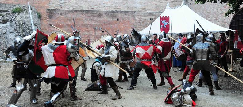 Il passato rivive, tempo di medioevo alla Rocca di Brisighella. Da Sabato 30 maggio a Martedì 2 giugno.